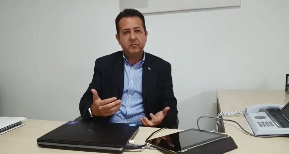 Segundo gerente da regional Sul do Sebrae, Juliano Cornélio, crise favoreceu aumento de MEIs (Foto: Lucas Soares / G1)