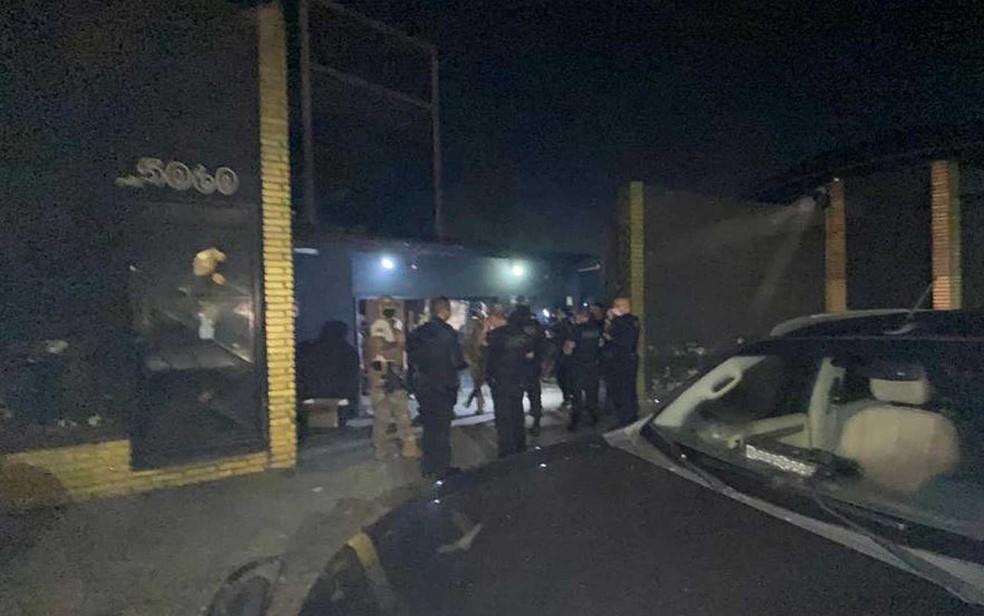 Balada na Zona Sul reuniu cerca de 500 pessoas — Foto: Polícia Civil / Divulgação