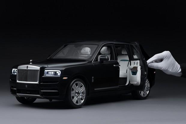 Rolls-Royce venderá miniaturas iguais ao carro do cliente