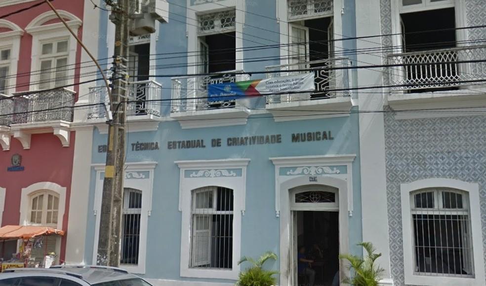 Escola Técnica Estadual de Criatividade Musical, no Recife (Foto: Reprodução/Google Street View)