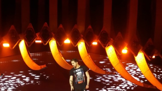 Luan Santana faz ensaio geral para gravação de novo DVD em Salvador