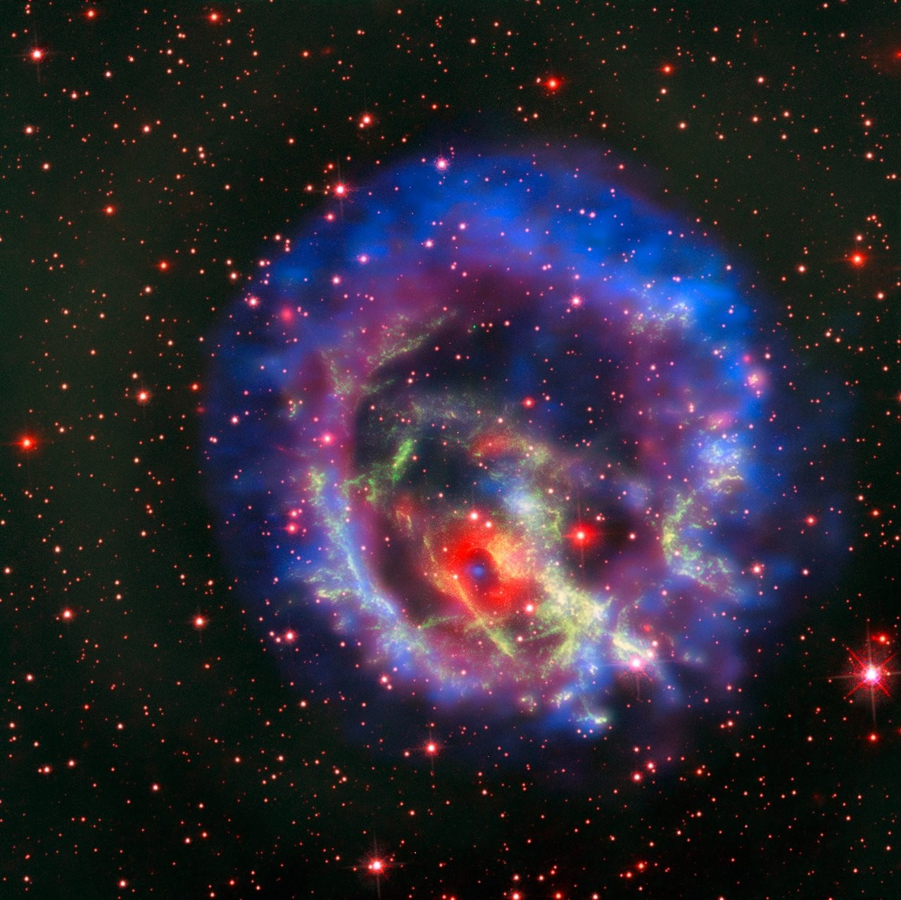 Imagem exibe estrela morta rodeada de nuvens de gás (Foto: Divulgação/ESO)