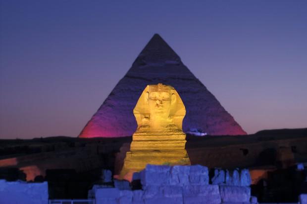Jantar nas pirâmides no Egito? É possível (Foto: reprodução)