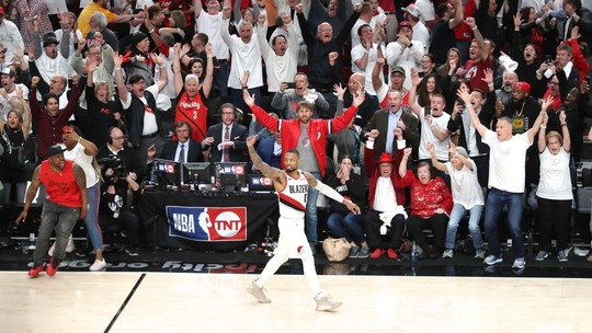 """Após terceira queda na primeira rodada dos playoffs, Westbrook diz: """"Não define minha carreira"""""""