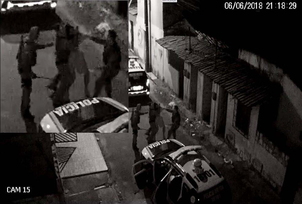 Policiai invadiram casas e agrediram pessoas no Bairro Antônio Bezerra em 2018, aponta MPCE — Foto: Reprodução