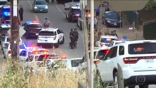 Atirador mata três e deixa feridos em festival gastronômico na Califórnia