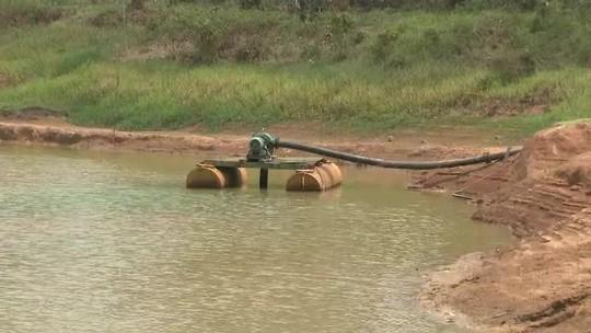 Com reservatório de água seco, cidade no interior do Acre tem abastecimento comprometido