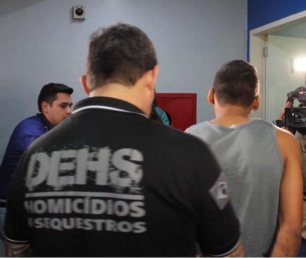 Suspeito de matar homem é preso na em Manaus; vítima empinava pipa com filho na hora do crime - Notícias - Plantão Diário