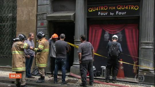 Polícia do RJ faz perícia em boate atingida por incêndio; quatro bombeiros morreram