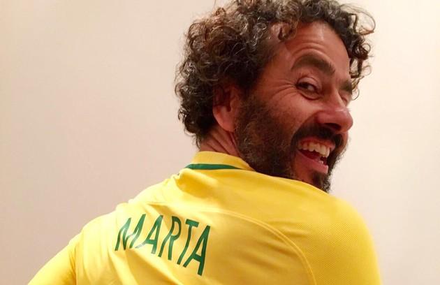 Marcos Palmeira tem lembranças da Copa de 1994, quando o Brasil foi tetracampeão; e da disputa de 1998. Naquele ano, faltou luz na casa de seus pais justamente na hora da final. A Seleção saiu de campo derrotada (Foto: Marcos Ramos/16-08-2016)