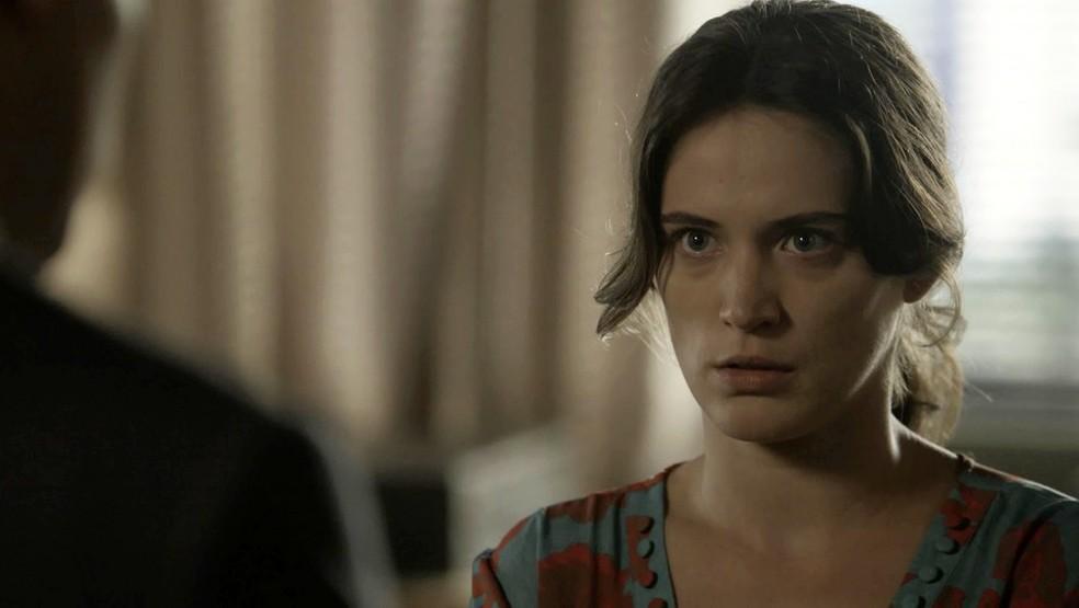 Clara procura Patrick Foto TV Globo