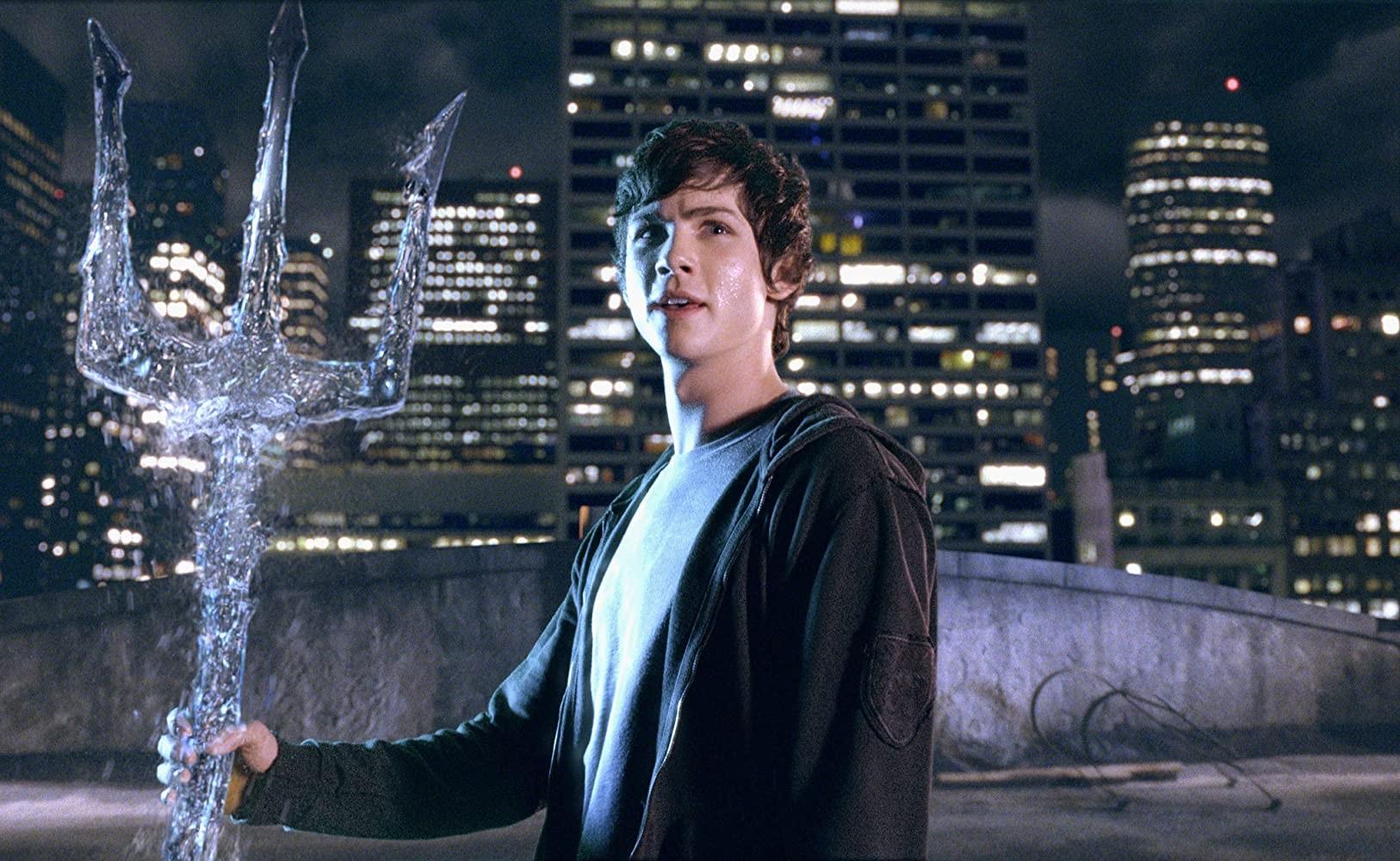 'Percy Jackson': autor anuncia que livros vão virar série