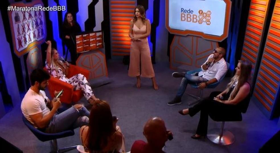 Ayrton e Kaysar discutem (Foto: TV Globo)