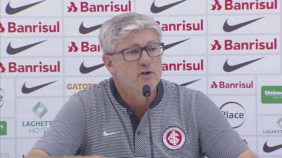 Odair cita falta de respeito em provocações de jogadores do Botafogo — Foto: Reprodução