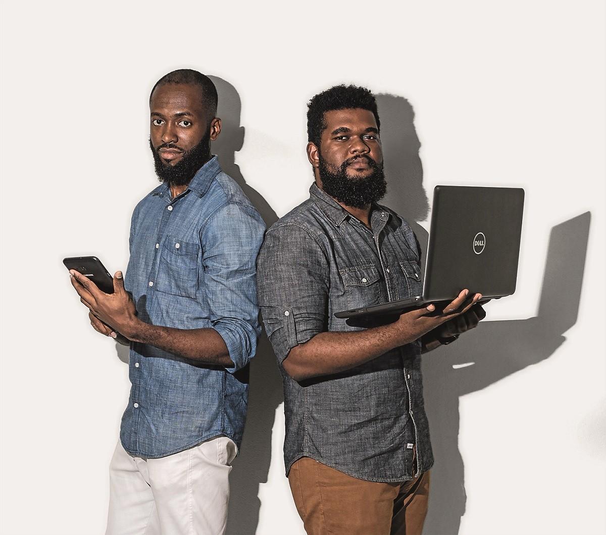 Os desenvolvedores Daniel Nascimento e Maurício Marques   (Foto: Raul Spinassé )