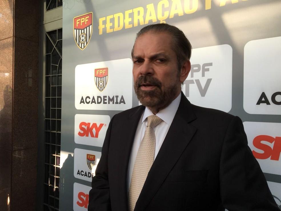 Bastos diz que FPF irá bancar o VAR no Paulista (Foto: Leonardo Lourenço)