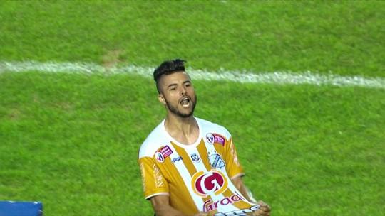 """Ex-Corinthians faz """"golaço sem querer"""" em empate emocionante entre Inter e Juventus pela A2"""