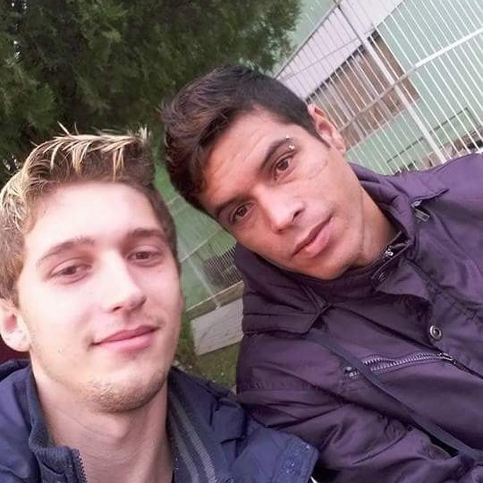 Evandro, à esquerda, e Edemilson moram em Itaparica — Foto: Arquivo pessoal