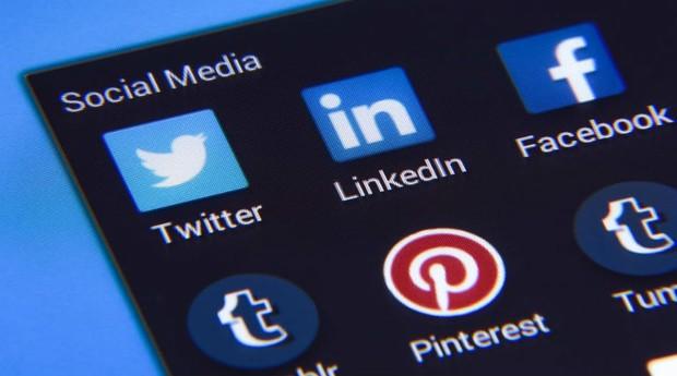 Relação com redes sociais deve mudar em 2017. (Foto: Pexels)