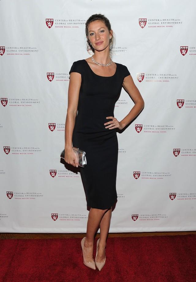 Gisele Bündchen no Prêmio Global Environmental Citizen em 2011 (Foto: Getty Images)