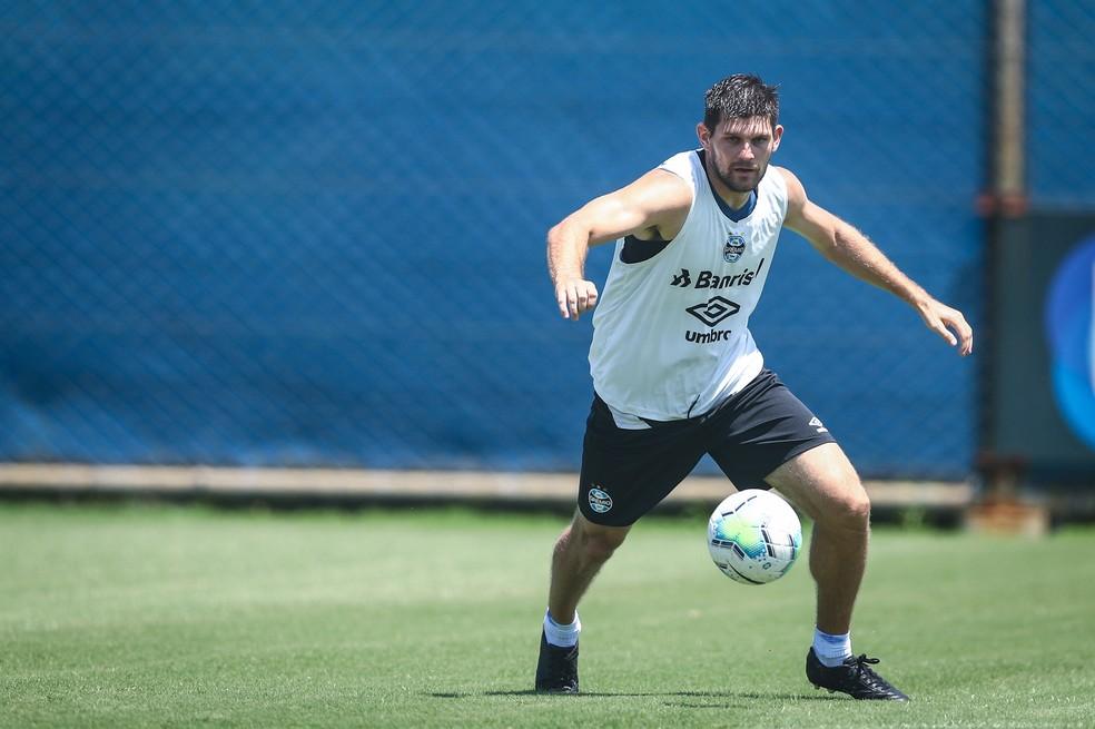 Kannemann, em treino do Grêmio, volta ao time contra o Santos — Foto: Lucas Uebel/DVG/Grêmio