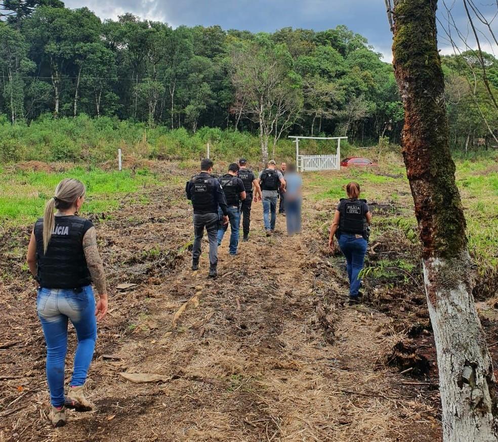 Outro suspeito havia sido preso na data em que o corpo foi encontrado — Foto: Polícia Civil/Divulgação