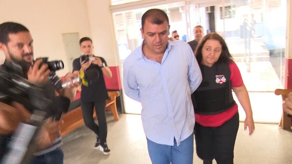 Ex-vereador se entregou à polícia cinco dias após o crime. — Foto: Rede Amazônica/Reprodução