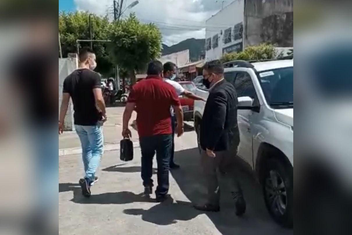 Secretário municipal de Barreira e suíço são presos por sequestro e cárcere privado de mulher, no Ceará