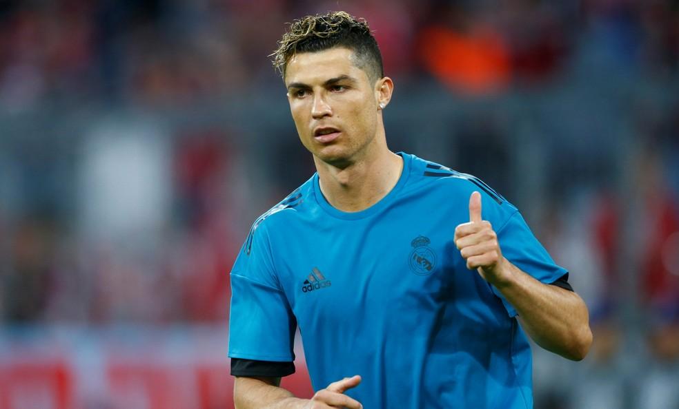 Cristiano Ronaldo ainda não sabe se permanece no Real Madrid (Foto: REUTERS/Michaela Rehle)