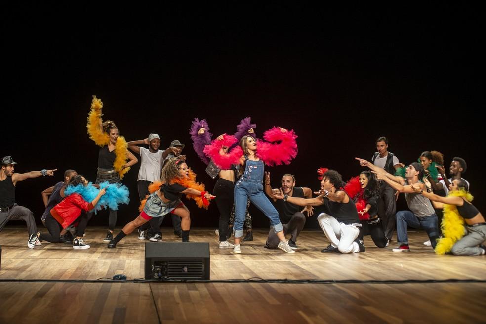 """A companhia de balé Nós da Dança vai apresentar coreografias baseadas em canções pop, como """"Beat it"""", de Michael Jackson. — Foto: I hate flash/Bleia"""