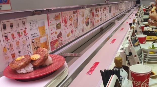 O prato com dois sushis custa R$ 4 (Foto: Divulgação)