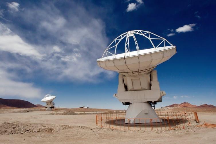 Antenas do telescópio ALMA (Foto: Iztok Bončina/ESO, CC BY-SA)