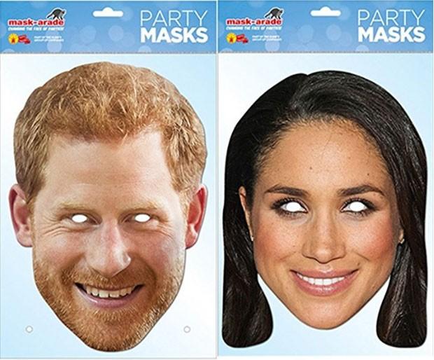 O príncipe Harry e Meghan Markle na versão máscara de papel (Foto: Reprodução)