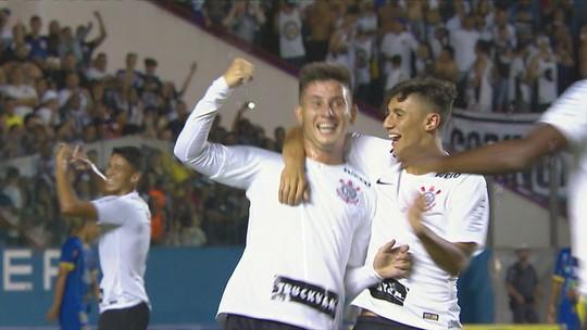 Os gols de Corinthians 8 x 0 Visão Celeste pela Copinha