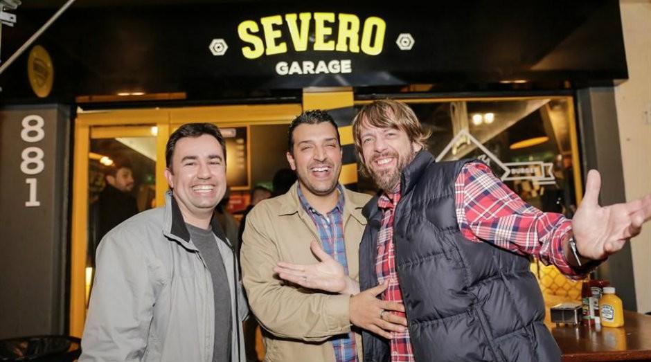 Hélio Pacheco, Rogério Dias e Alexandre Fetter, fundadores da Severo Burger e Severo Garage (Foto: Divulgação)
