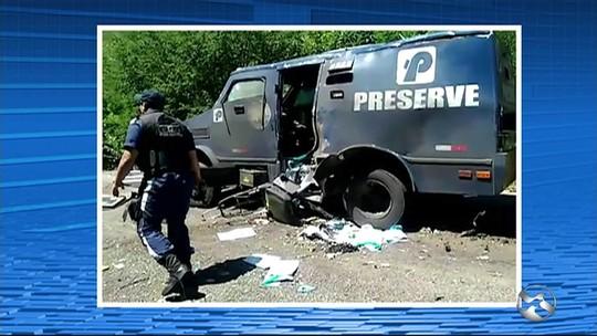 Grupo suspeito de explodir carro-forte na PE-365 é preso em Serra Talhada