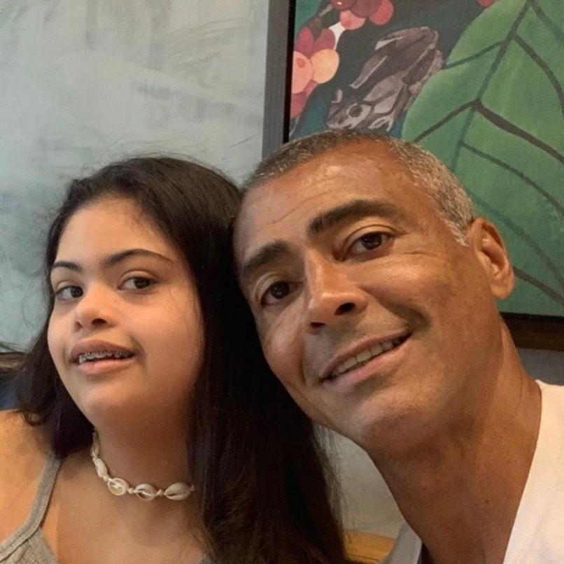 Romário Faria com a filha, Ivy, que completou 15 anos de idade (Foto: Reprodução/Instagram)