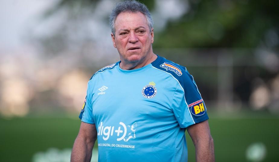 Com nome no BID, Abel Braga é regularizado e comanda o Cruzeiro contra o  Goiás   cruzeiro   ge