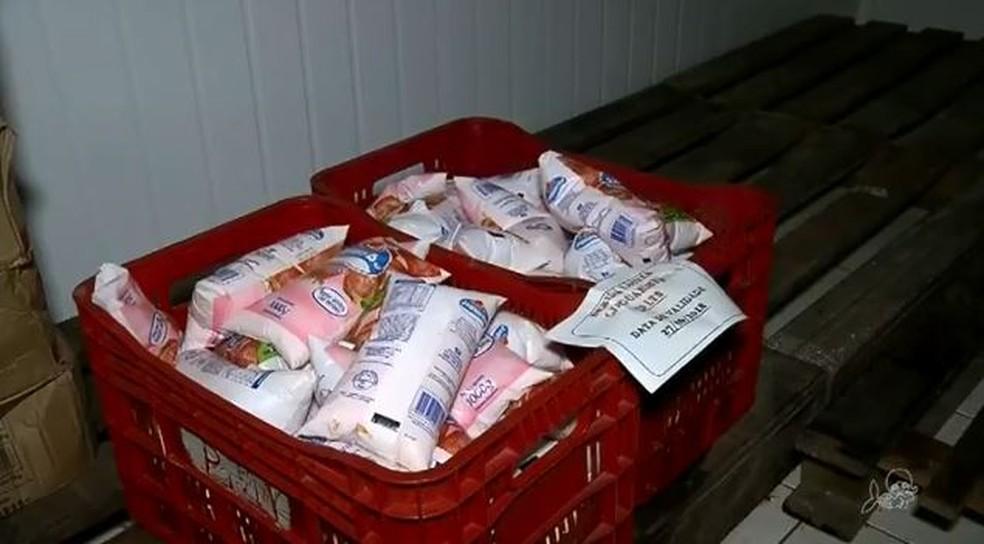 Nas escolas municipais de Tianguá foram encontrados 23 itens estragados ou fora da validade.  (Foto: Reprodução/TV Verdes Mares)