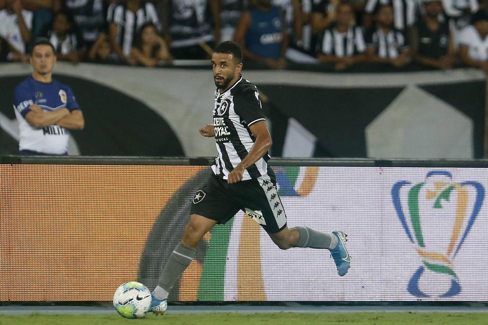 Caio Alexandre passou a ter mais oportunidades com Autuori — Foto: Vitor Silva/Botafogo