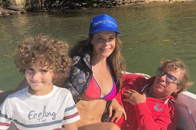 Mylla Christie com a família (Foto: Reprodução)