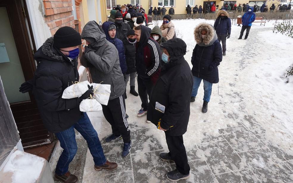 Apesar do elevado número de contaminações pelo coronavírus, Polônia reabre cinemas e teatros, entre outras atividades — Foto: Janek Skarzynski/AFP