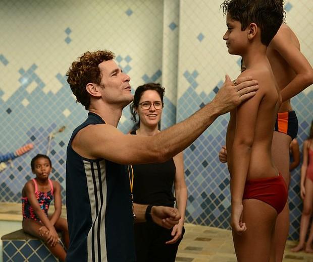 Daniel Oliveira em cena de 'Aos Teus OIhos' (Foto: Divulgação)