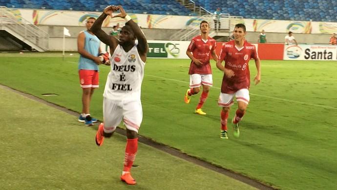 América-RN - Dija Baiano, atacante (Foto: Augusto Gomes/GloboEsporte.com)