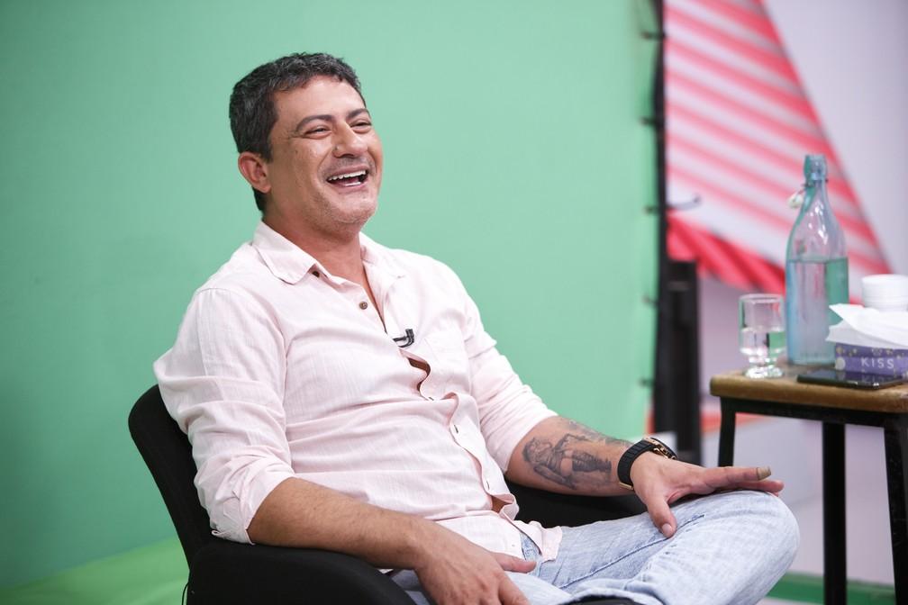 Tom Veiga em depoimento ao Memória Globo, 2019 — Foto: Fabrício Mota/Globo