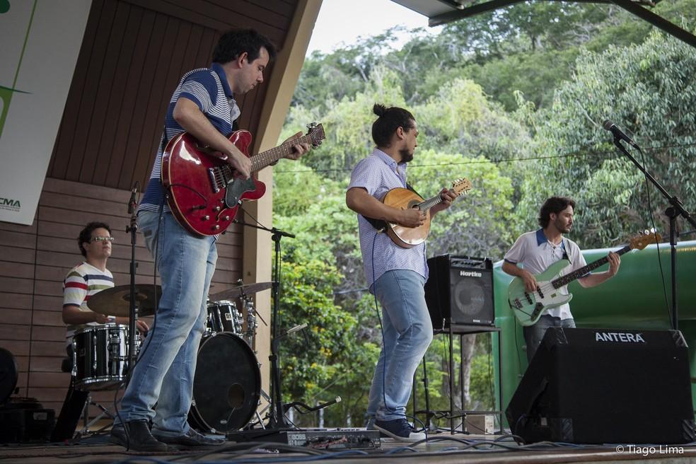 Diogo Guanabara & Macaxeira Jazz sobem ao palco do Som da Mata neste domingo (6) — Foto: Divulgação