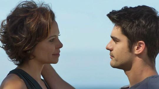 Tito promete levar Ana a um lugar especial: 'O resto é surpresa'