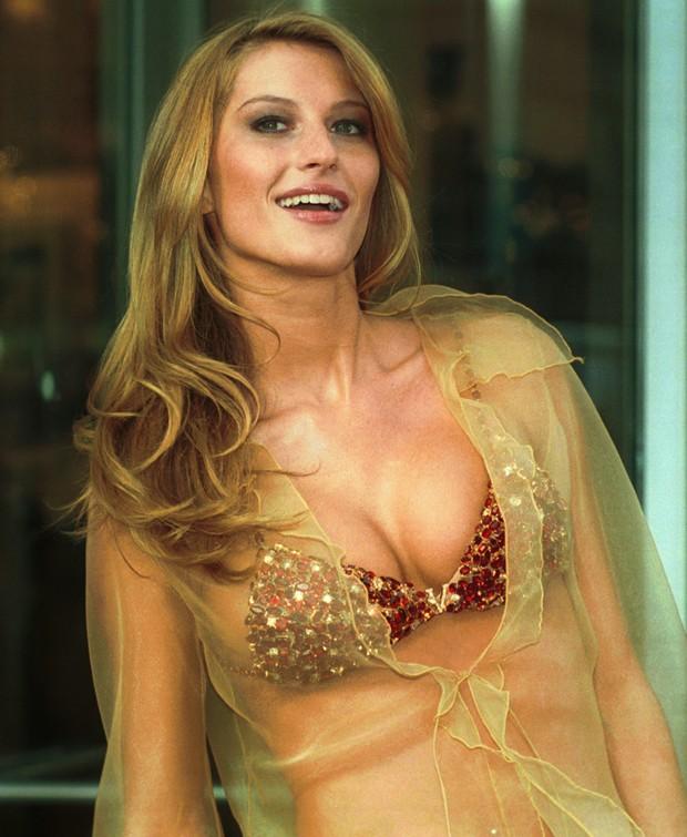 Gisele Bündchen em 2000, quando ainda era angel da Victoria s Secret (Foto: Getty Images)