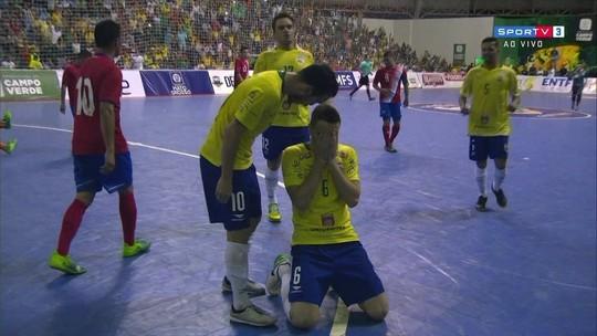 Com direito a gol de Falcão, Brasil bate a Costa Rica em amistoso