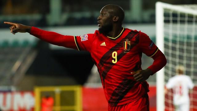Liga das Nações: Lukaku marca dois gols e Bélgica avança para as finais